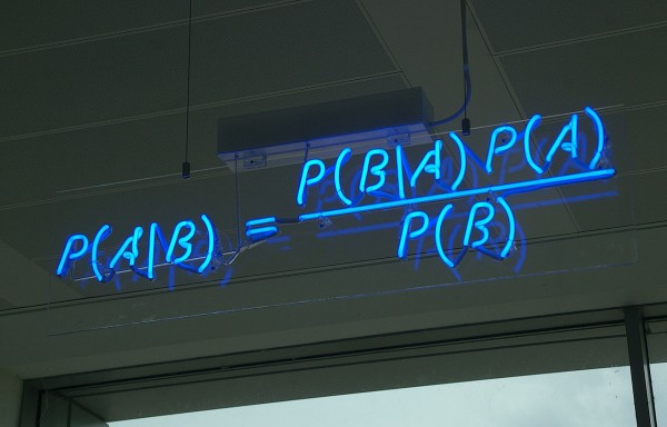 1280px-Bayes&#039;_Theorem_MMB_01