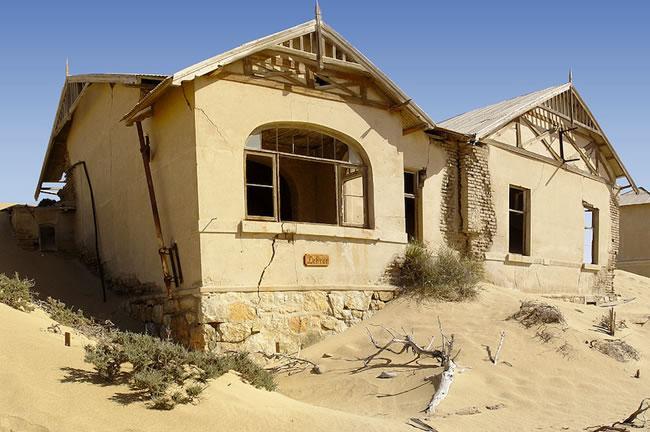 sand-house