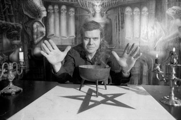 H.R.-Giger-Photo-by-Katharina-Vonow