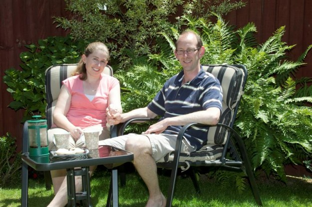 david_bain_and_fiancee_liz_davies_relax_at_their_h_50cda10a73